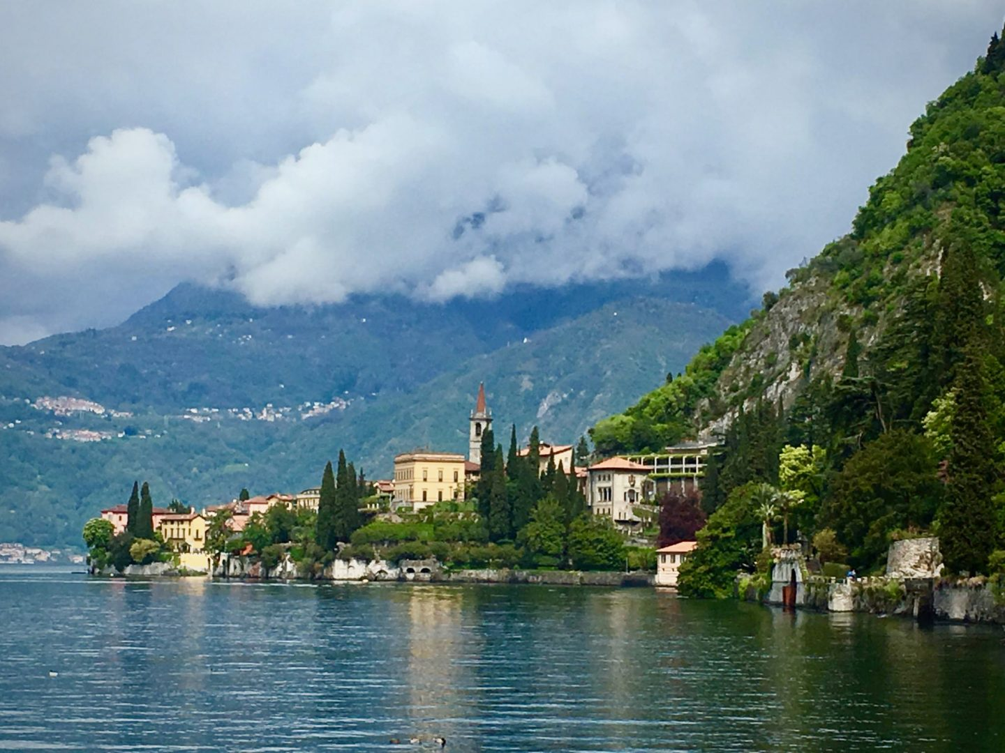 What to do Lake Como ... Lake Como Varenna City View ... The Spectacular Adventurer
