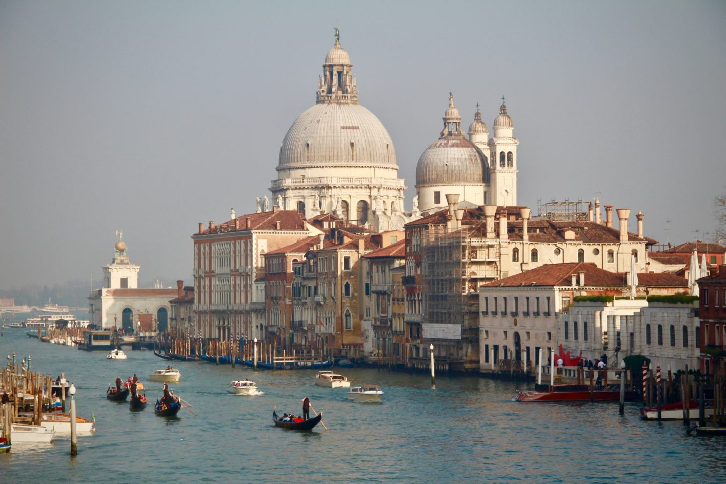 Venice Skyline Gondola Ride - The Spectacular Adventurer
