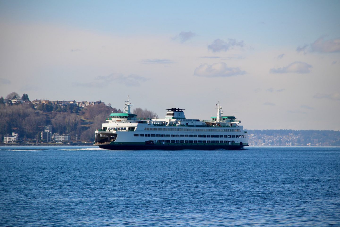 Seattle Ferry, Washington - The Spectacular Adventurer