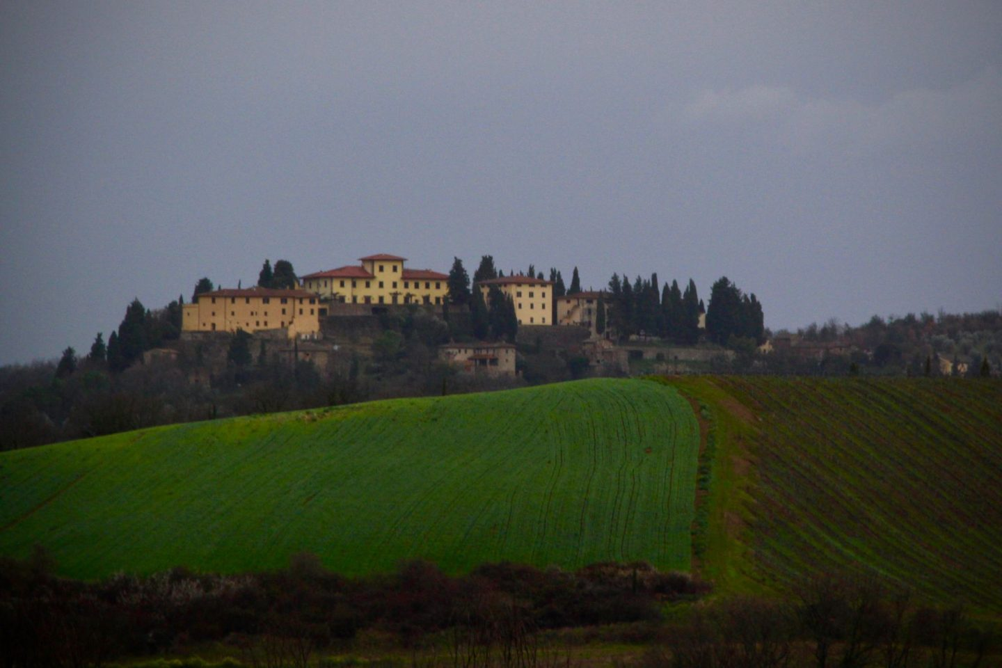 Chianti region ... Italian Tuscany Hills ... The Spectacular Adventurer