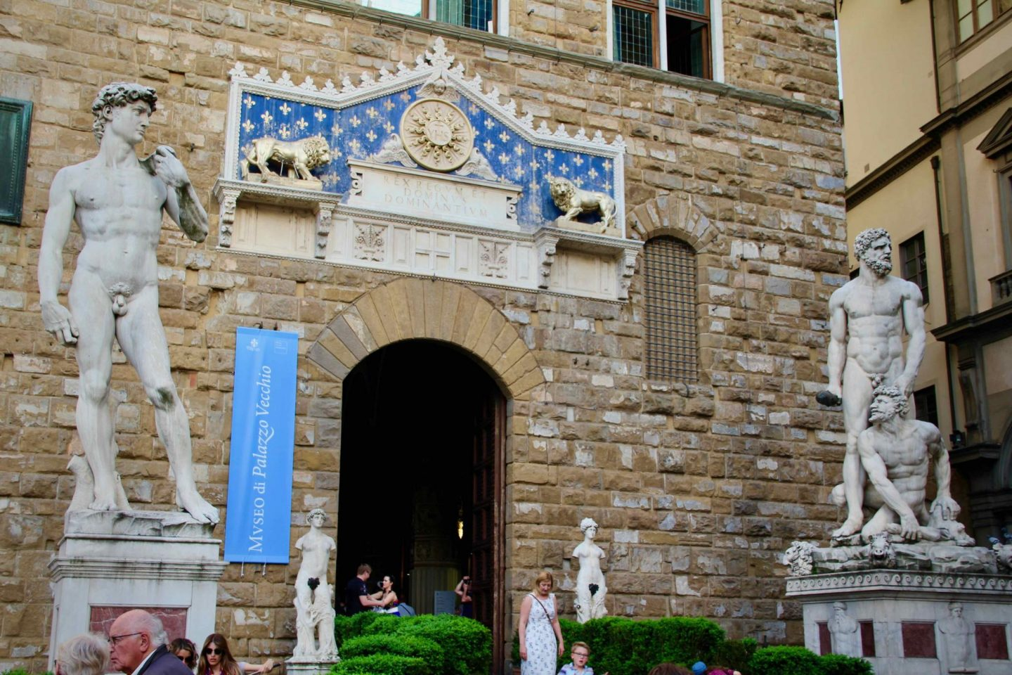 Palazzo Vecchio ... Florence Travel Guide ... The Spectacular Adventurer