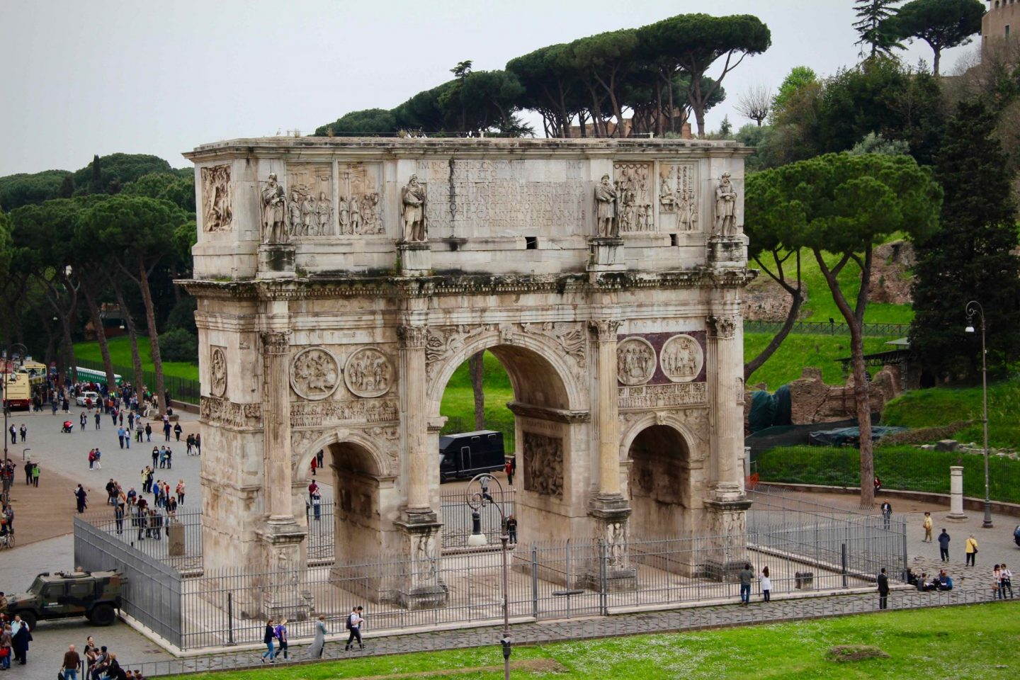 Arch of Constantine ... Rome Travel Guide ... The Spectacular Adventurer