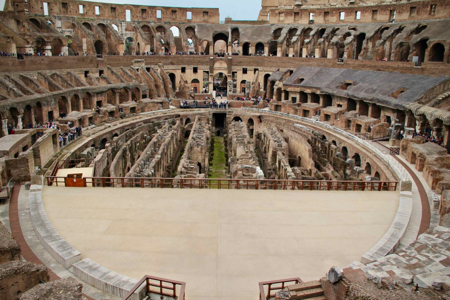 Colosseum Rome ... 24 hours in Rome Italy ... The Spectacular Adventurer