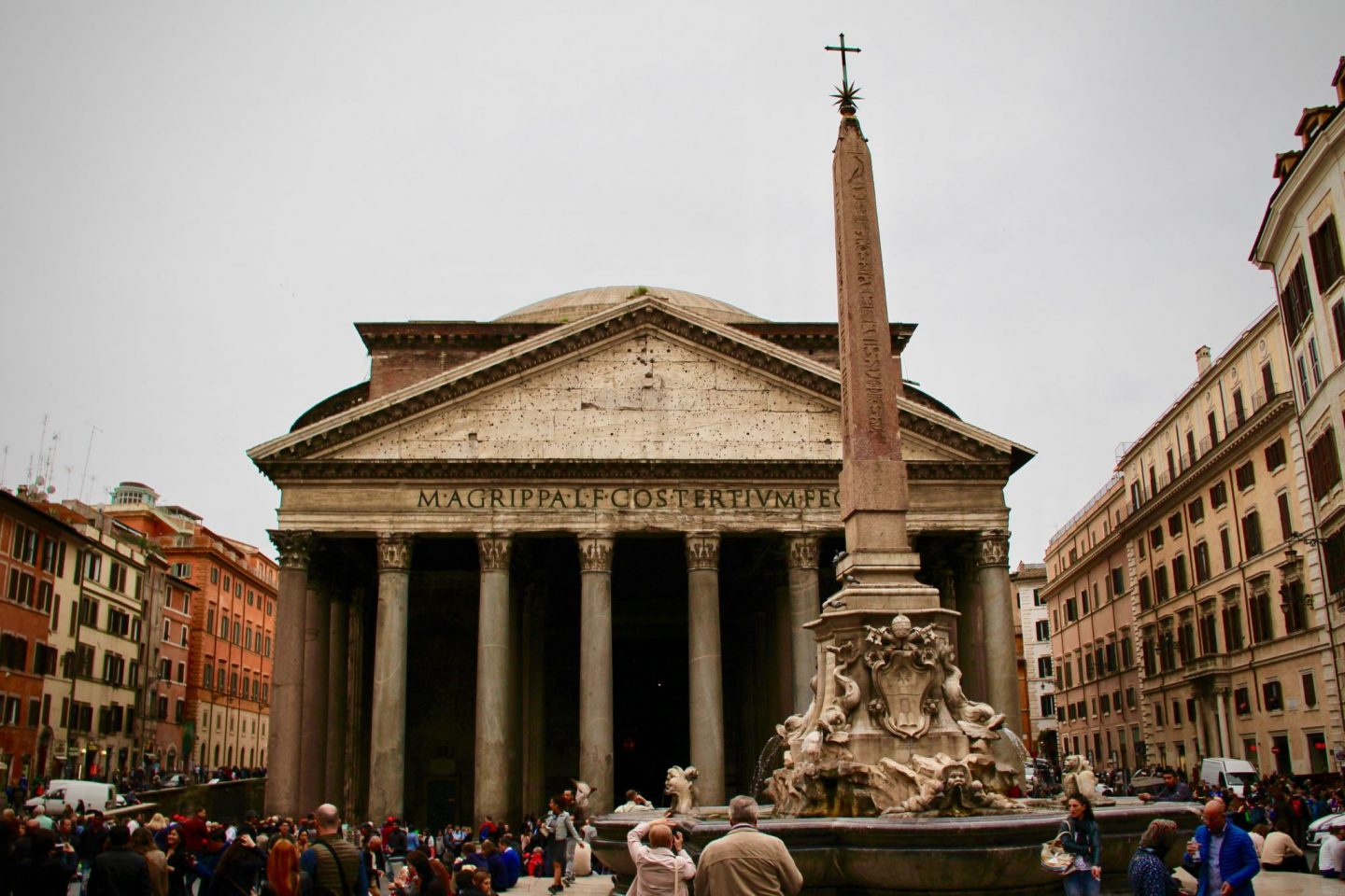 Pantheon ... Top 10 things to do in Rome Italy ... The Spectacular Adventurer