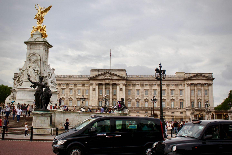 Buckingham Palace London ... The Spectacular Adventurer