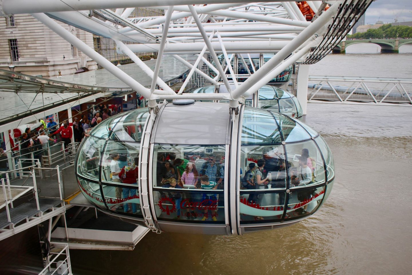 London Eye Pods ... 24 Hours Along the Thames River London ... The Spectacular Adventurer