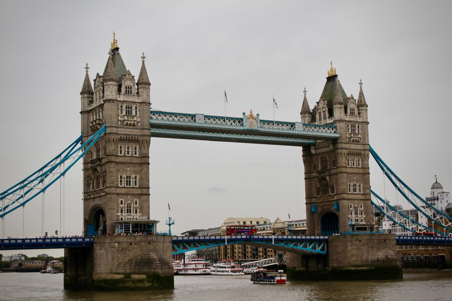 Tower Bridge ... 24 Hours Along the Thames River London ... The Spectacular Adventurer