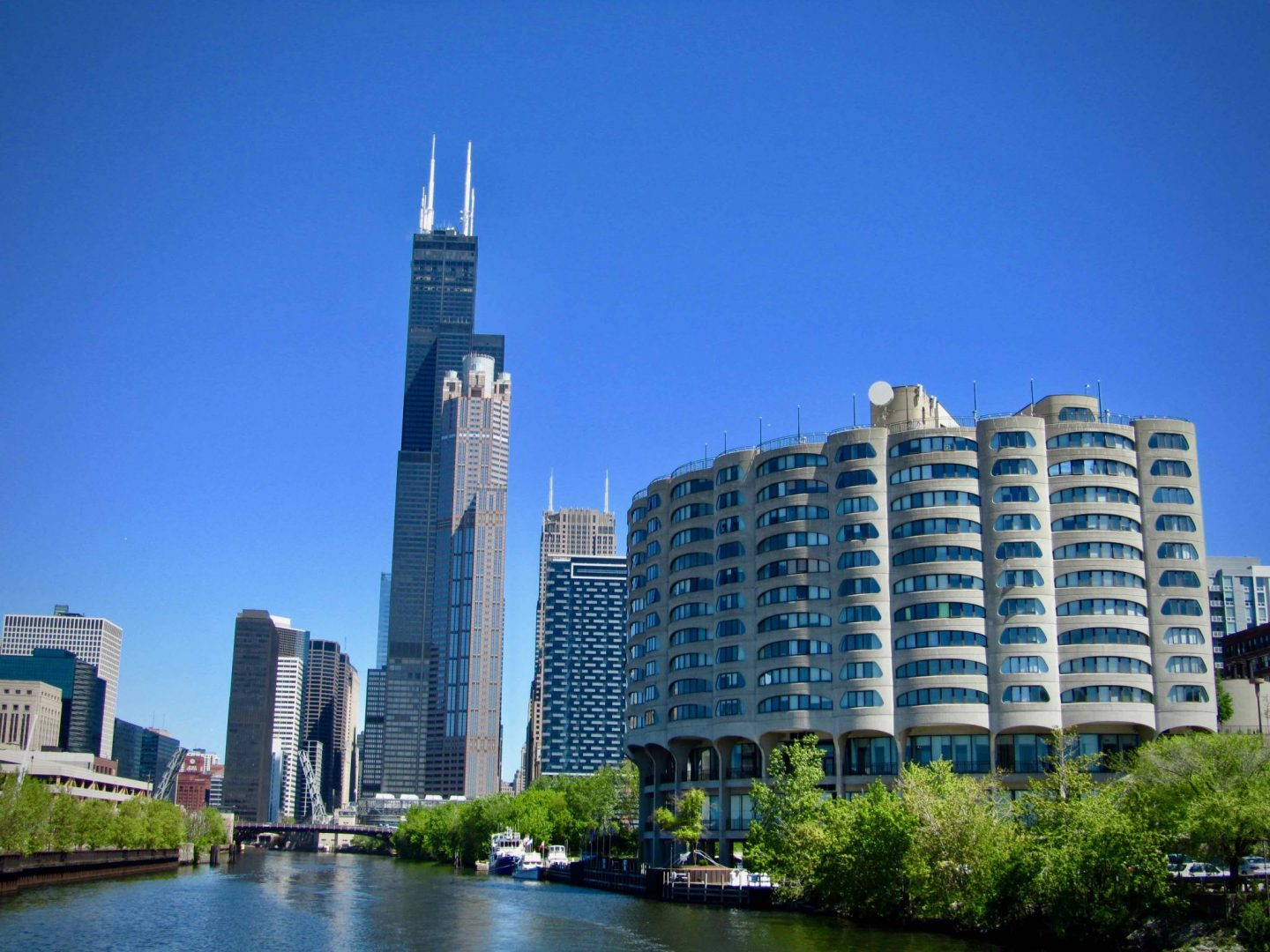 Willis Tower ... 3-day Chicago Itinerary ... The Spectacular Adventurer