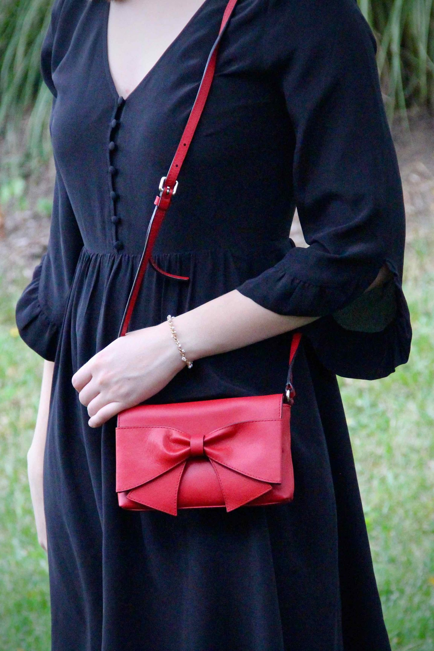 LBD for Date Night   Fall Capsule Wardrobe   The Spectacular Adventurer
