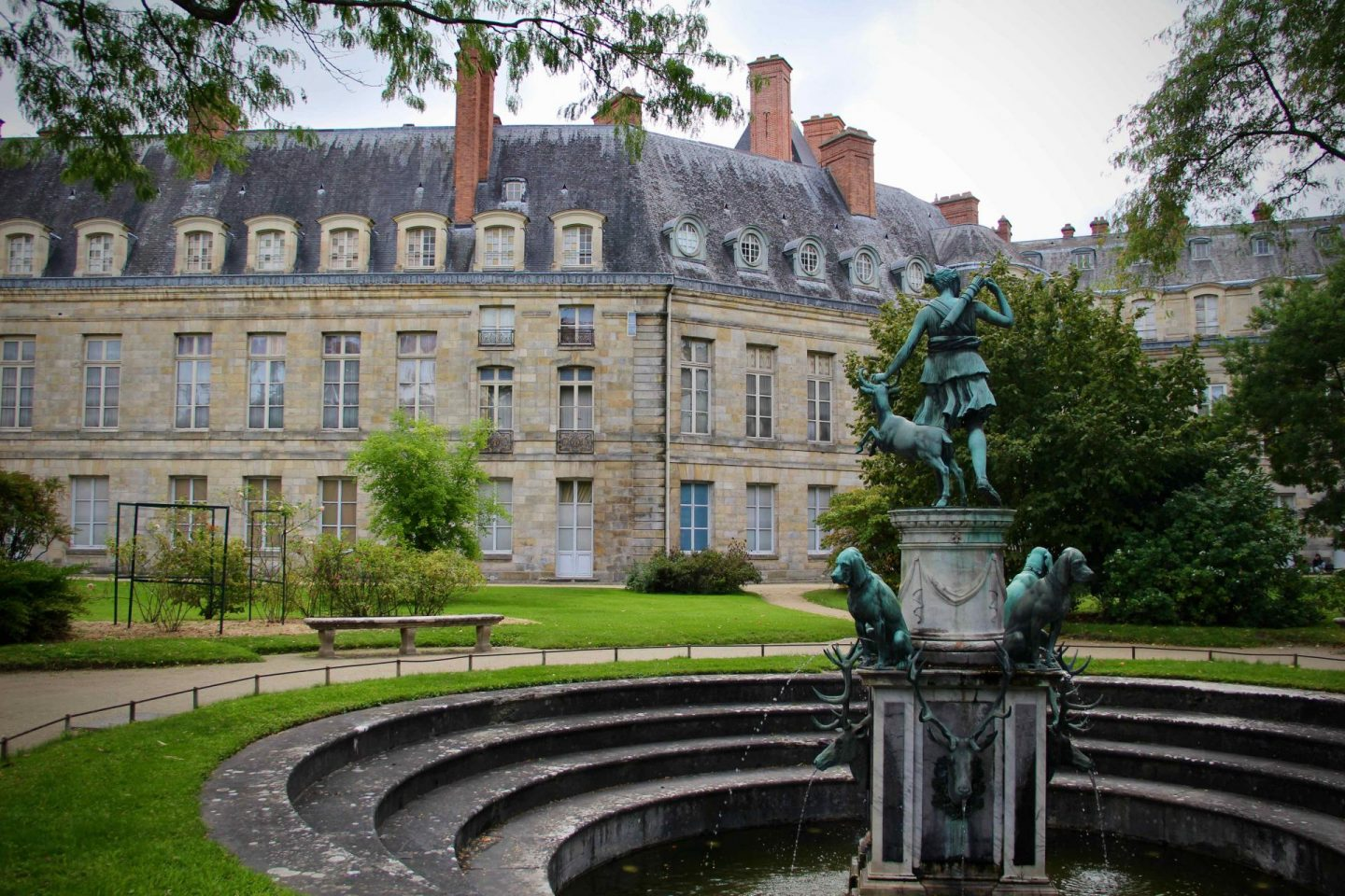 Fontainebleau Chateau Gardens | Fontainebleau Travel Guide | The Spectacular Adventurer