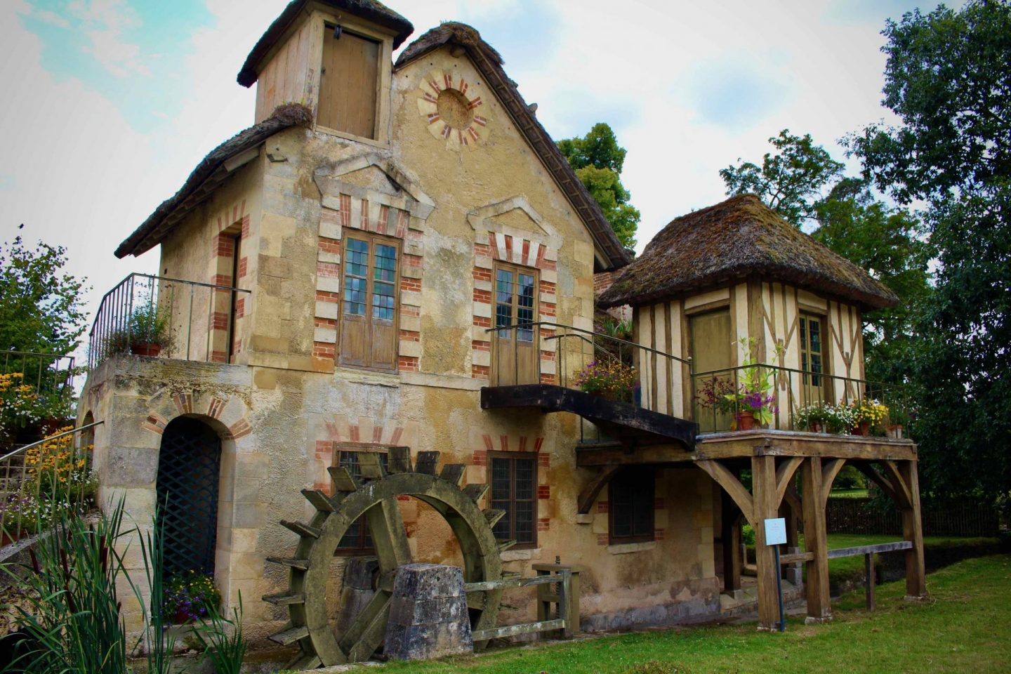Marie Antoinette's English Hamlet | Day trip from Paris to Versailles | The Spectacular Adventurer
