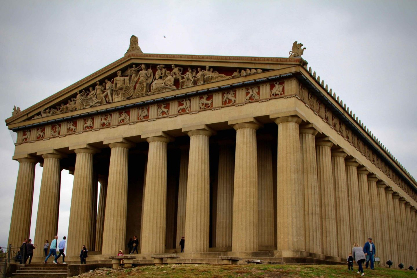 Nashville Pantheon | Nashville Travel Guide | The Spectacular Adventurer