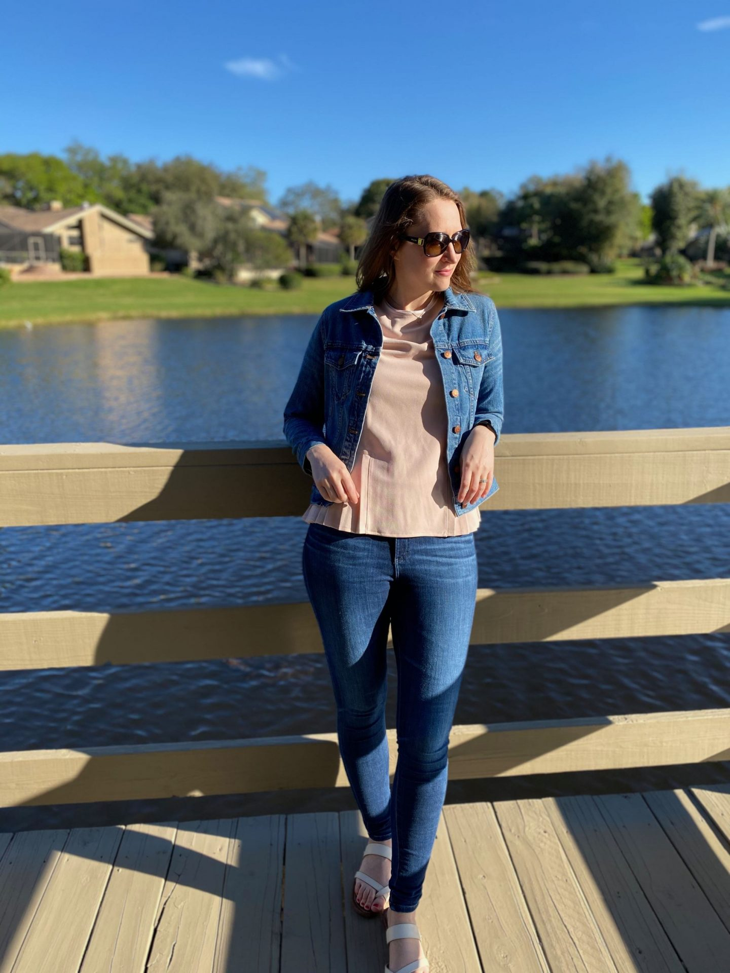 Jean Jacket Outfit Ideas | How to Style a Pastel Pink Shirt for Spring | The Spectacular Adventurer