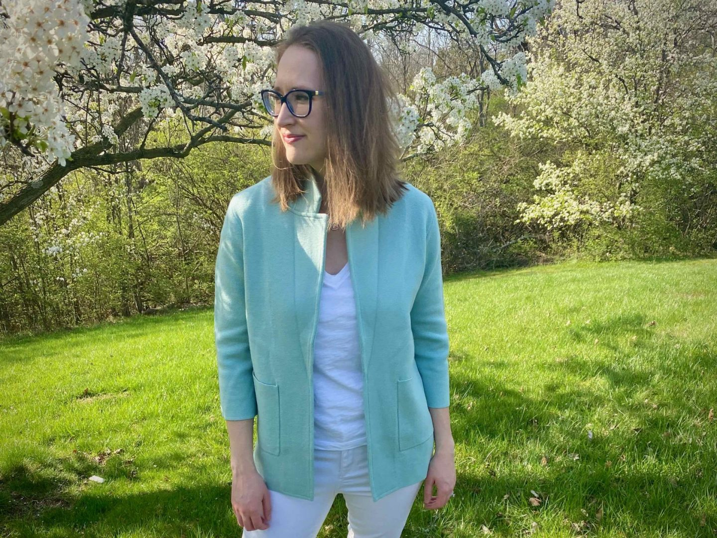 Casual Spring Outfit | 10 Strategies to Effectively Work From Home | The Spectacular Adventurer